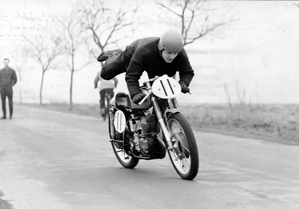 MZ de course Hartmut_Tha%C3%9Fler_Motorradrennsport_29
